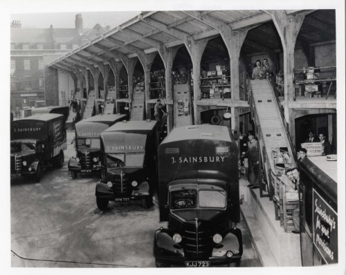 SA/BL/IMA/10/1 - Photograph of empties depot at Running Horses Yard (Blackfriars, London), 1950