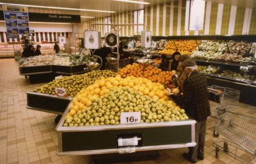 SA/BR/5/IMA/3/2 - Photograph of fruit display in a Sainsbury's supermarket, 1979