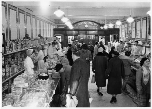 SA/BRA/7/A/11/1/3 - Photograph of 18 High Street, Ashford store, 1961 (interior)