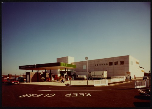 SA/BRA/7/B/19/18 - Image of the petrol station at Woodchurch Road, Birkenhead branch
