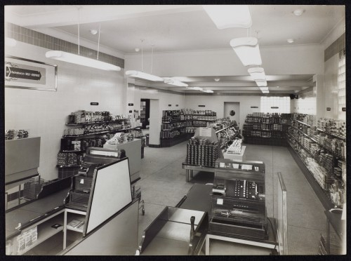 SA/BRA/7/B/31/4/1 - Image of Southbourne (28/30 Southbourne Grove) branch interior