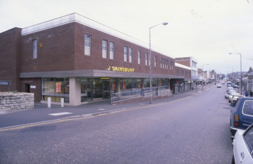 SA/BRA/7/B/31/6/5/4 - Image of Winton (447/457 Wimborne Road) branch exterior