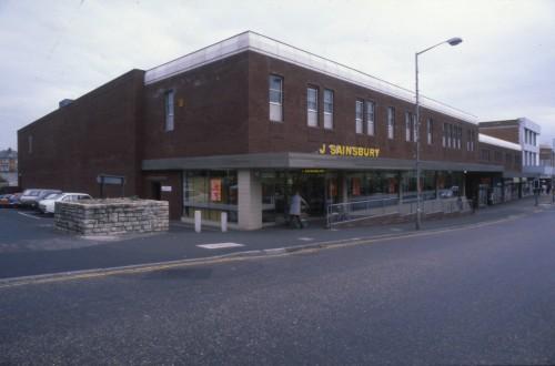 SA/BRA/7/B/31/6/5/5 - Image of Winton (447/457 Wimborne Road) branch exterior