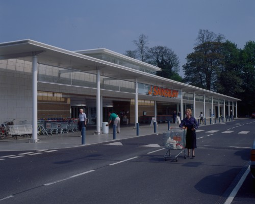 SA/BRA/7/B/46/2/72 - Image of the exterior of Oxford Road, Banbury branch
