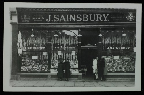 SA/BRA/7/C/4/1/7 - Image of Cambridge (16/17 Sidney Street) branch exterior with poultry window display, [1925-1930s]