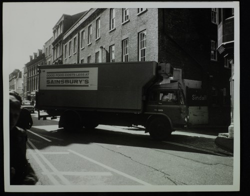 SA/BRA/7/C/4/2/123 - Image of Cambridge (44 Sidney Street): Sainsbury's lorry turning off Sidney Street into the service road