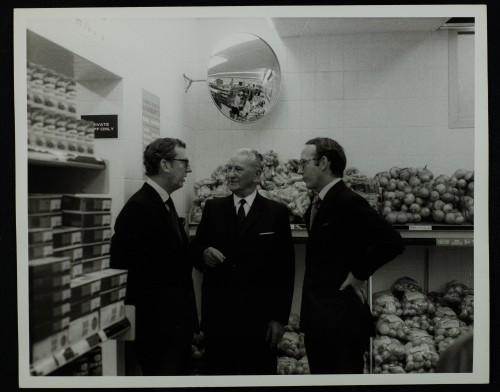 SA/BRA/7/C/4/2/79 - Image of Cambridge (44 Sidney Street) opening day: J.D. Sainsbury talking to Mr A.E. Snow and Simon Sainsbury