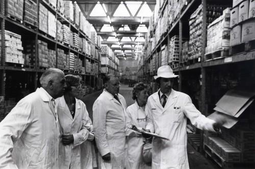SA/DEP/4/6/9 - Photograph of public viewing inside Charlton Depot warehouse
