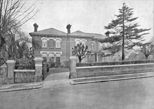 SA/FAM/1/IMA/1/6 - Photograph of Sainsbury family home at Bishopsfields, Broadlands Road, Highgate