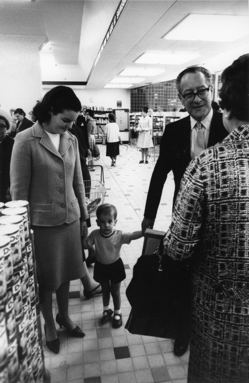 SA/FAM/4/IMA/1/2 - Photograph of Robert Sainsbury with his daughter and grandson at store opening in the 1960s