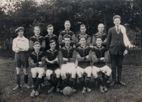 1920s-Sainsburys-football-team.jpg
