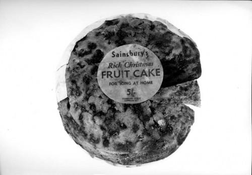 SA/PKC/PRO/1/3/4/1/1/2 - Photograph of Sainsbury's Rich Christmas Fruit Cake for Icing at Home
