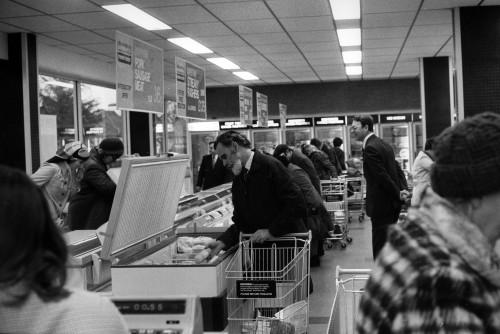 SA/SUB/FRE/6/11 - Photograph of Petts Wood Freezer Centre interior, 1977