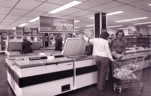 SA/SUB/FRE/6/16 - Photograph of Goodmayes Freezer Centre interior with customers, 1978