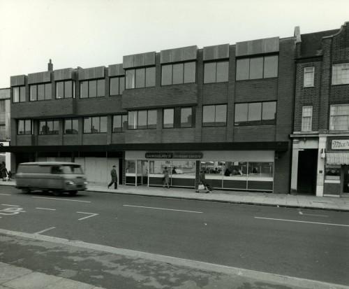 SA/SUB/FRE/6/5 - Photograph of exterior of a Sainsbury's Freezer Centre, 1970s
