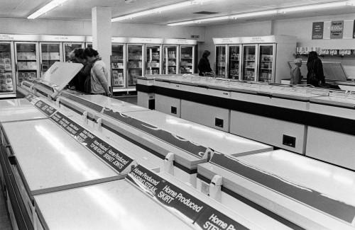 SA/SUB/FRE/6/6 - Photograph of East Grinstead Freezer Centre interior, c. 1974