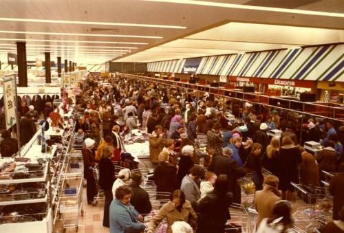 SA/SUB/SBHS/A-Z/W/IMA/1/1 - Photograph of interior of Washington Savacentre at the checkouts