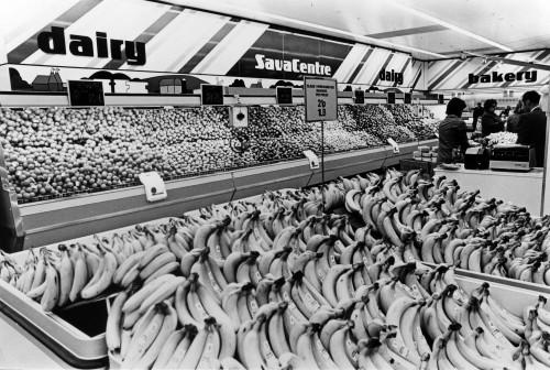 SA/SUB/SBHS/A-Z/W/IMA/1/17 - Photograph of fruit display showing bananas [at Washington SavaCentre store]