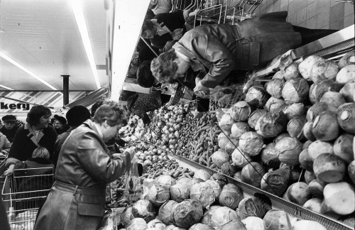 SA/SUB/SBHS/A-Z/W/IMA/1/18 - Photograph of vegetable display showing cabbages [at Washington SavaCentre store]