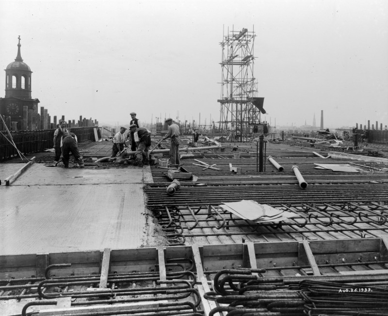 SA/BL/1/16/7 - Photograph of construction of Sainsbury's factory at Paris Gardens, Blackfriars, London (exterior), 25 Aug 1933