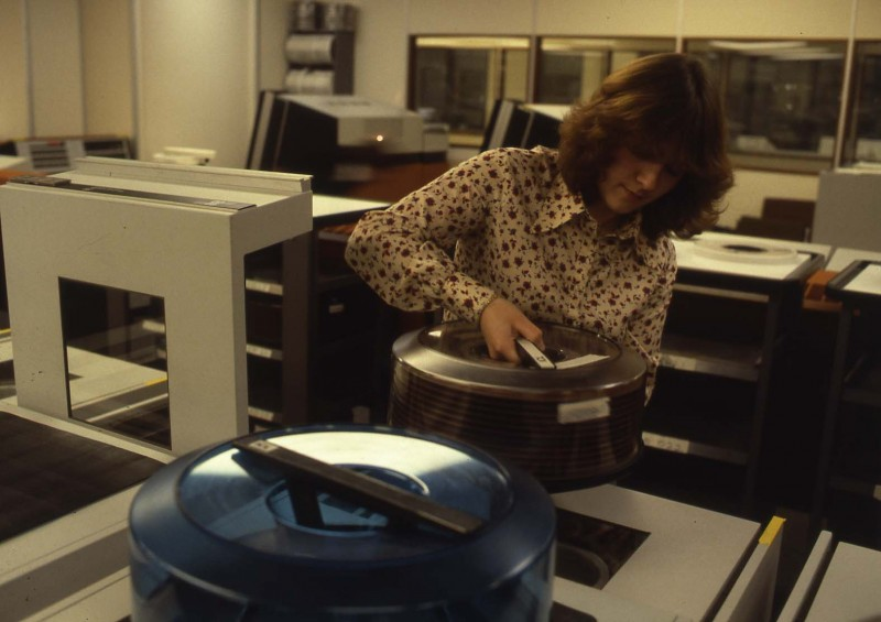 SA/BL/IMA/15/2 - Slide photograph of computer operator loading cartridge 1981