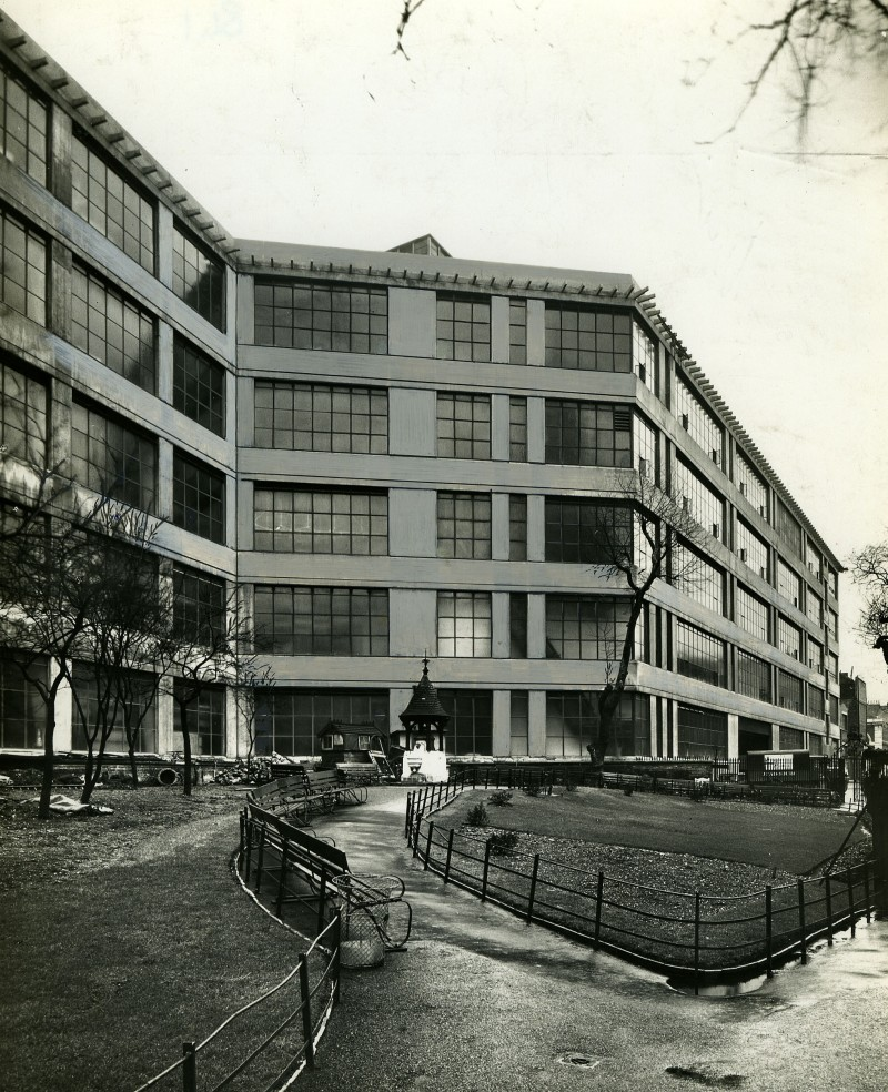 SA/BL/IMA/5/2 - Photograph of Sainsbury's Blackfriars Factory exterior, 1936