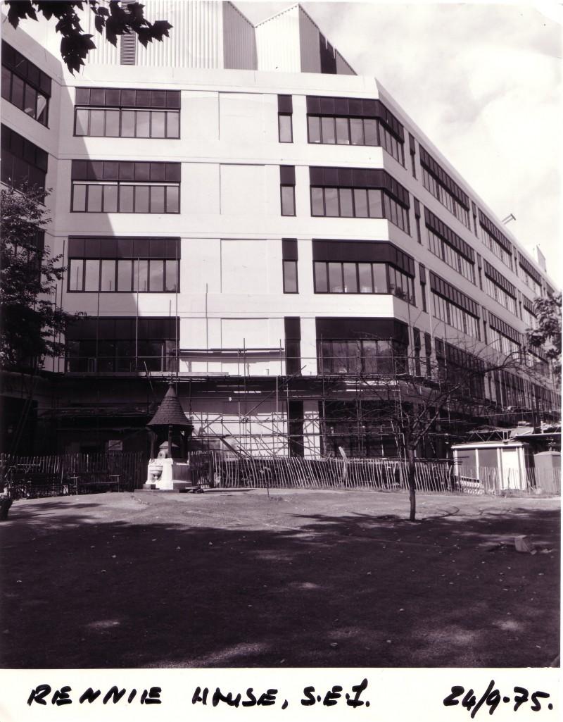SA/BL/IMA/5/6 - Photograph of Rennie House exterior, 1975