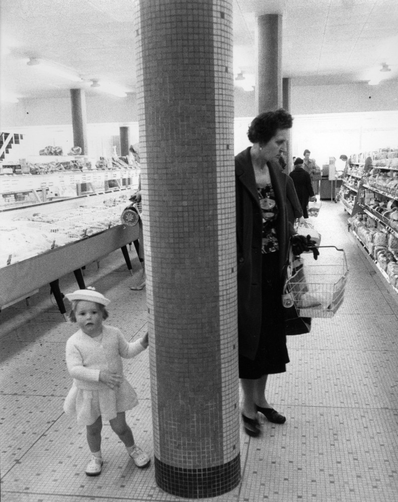 SA/BRA/5/11/2 - Photograph of mother and girl shopping in a Sainsbury's self-service store