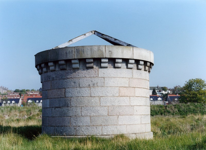 SA/BRA/7/A/1/30 - Image of a bricked circular structure on the site of Garthdee Road, Aberdeen branch during construction