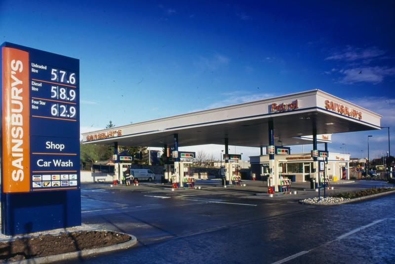 SA/BRA/7/A/1/58 - Image of petrol station at Garthdee Road, Aberdeen branch