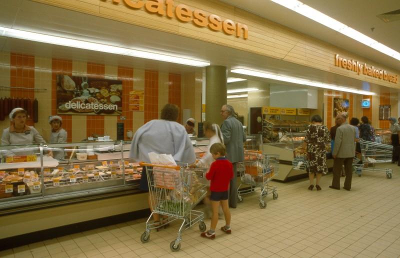 SA/BRA/7/B/19/89 - Image of staff serving customers at the delicatessen at Woodchurch Road, Birkenhead branch