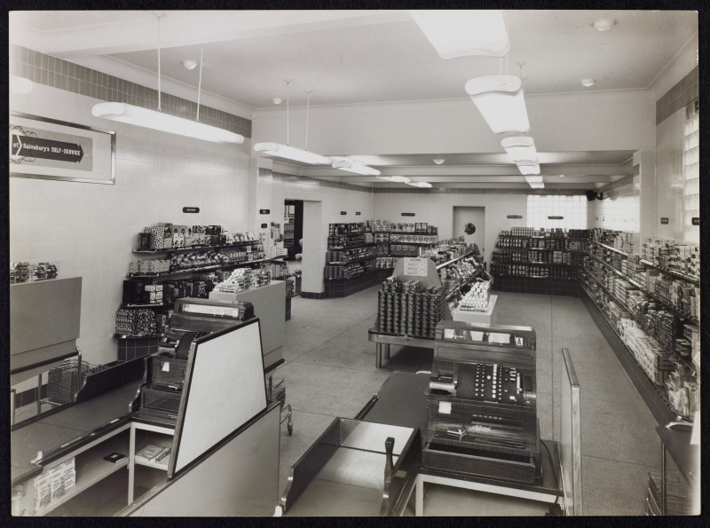 SA/BRA/7/B/31/4/1 - Image of Southbourne (28/30 Southbourne Grove) branch interior