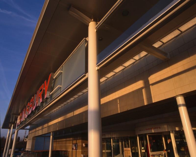 SA/BRA/7/B/46/2/100 - Image of shop front at Oxford Road, Banbury branch