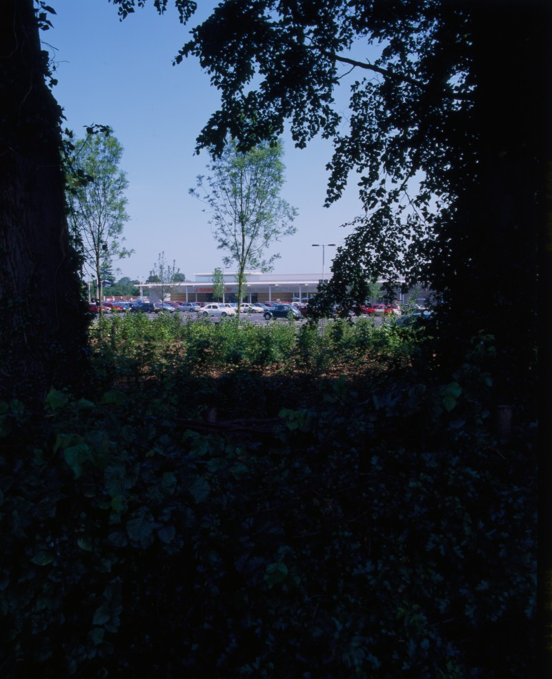 SA/BRA/7/B/46/2/99 - Image of the green space surrounding Oxford Road, Banbury branch