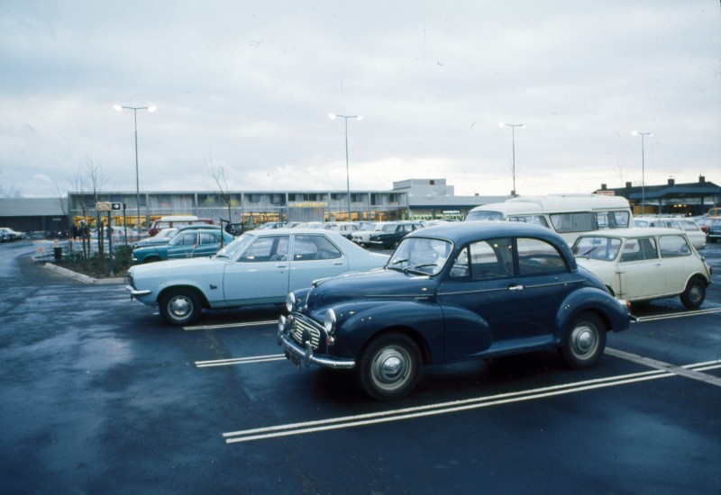 SA/BRA/7/C/4/3/234 - Image of Cambridge Coldhams Lane: cars in car park