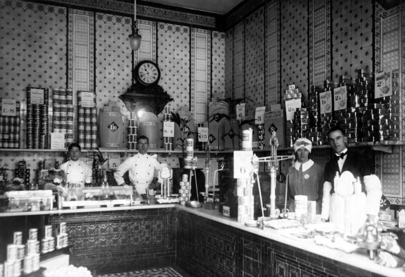 sa-br-22-c-58-9hr-croydon-dairy-shop-1930-s.jpg