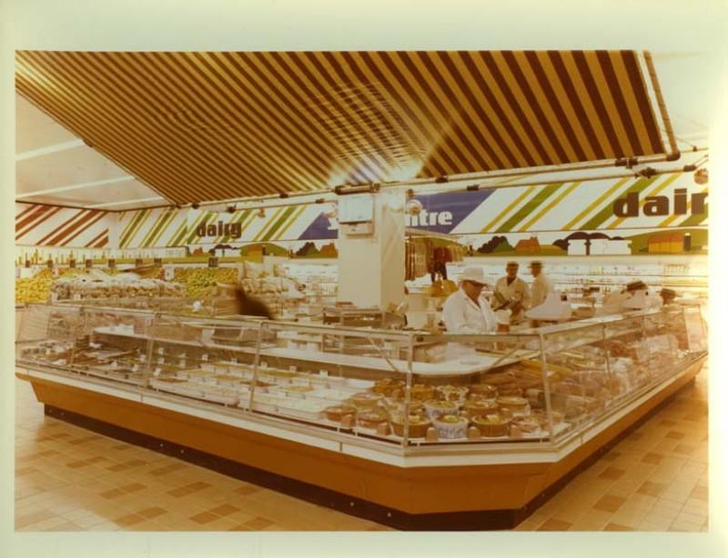 SA/SUB/SBHS/A-Z/W/IMA/1/10 - Photograph of delicatessen counter at Savacentre Washington