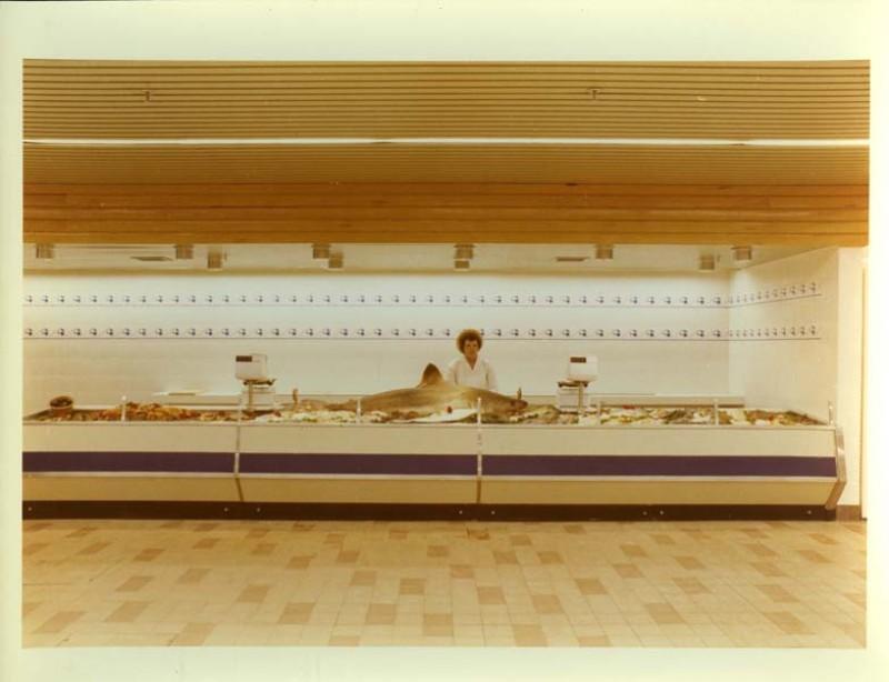 SA/SUB/SBHS/A-Z/W/IMA/1/9 - Photograph of Washington Savacentre fish counter with shark